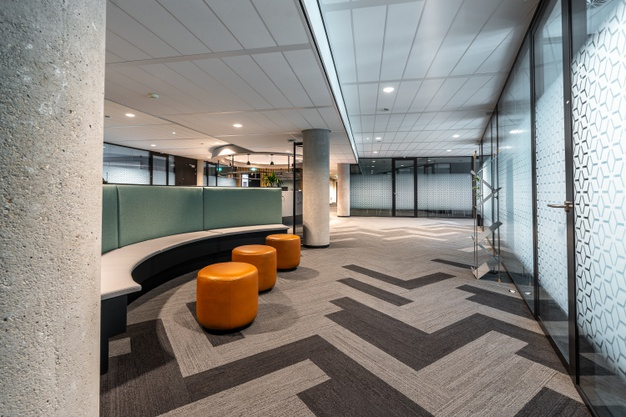 beautiful-shot-modern-style-open-space-office-interior_181624-19369